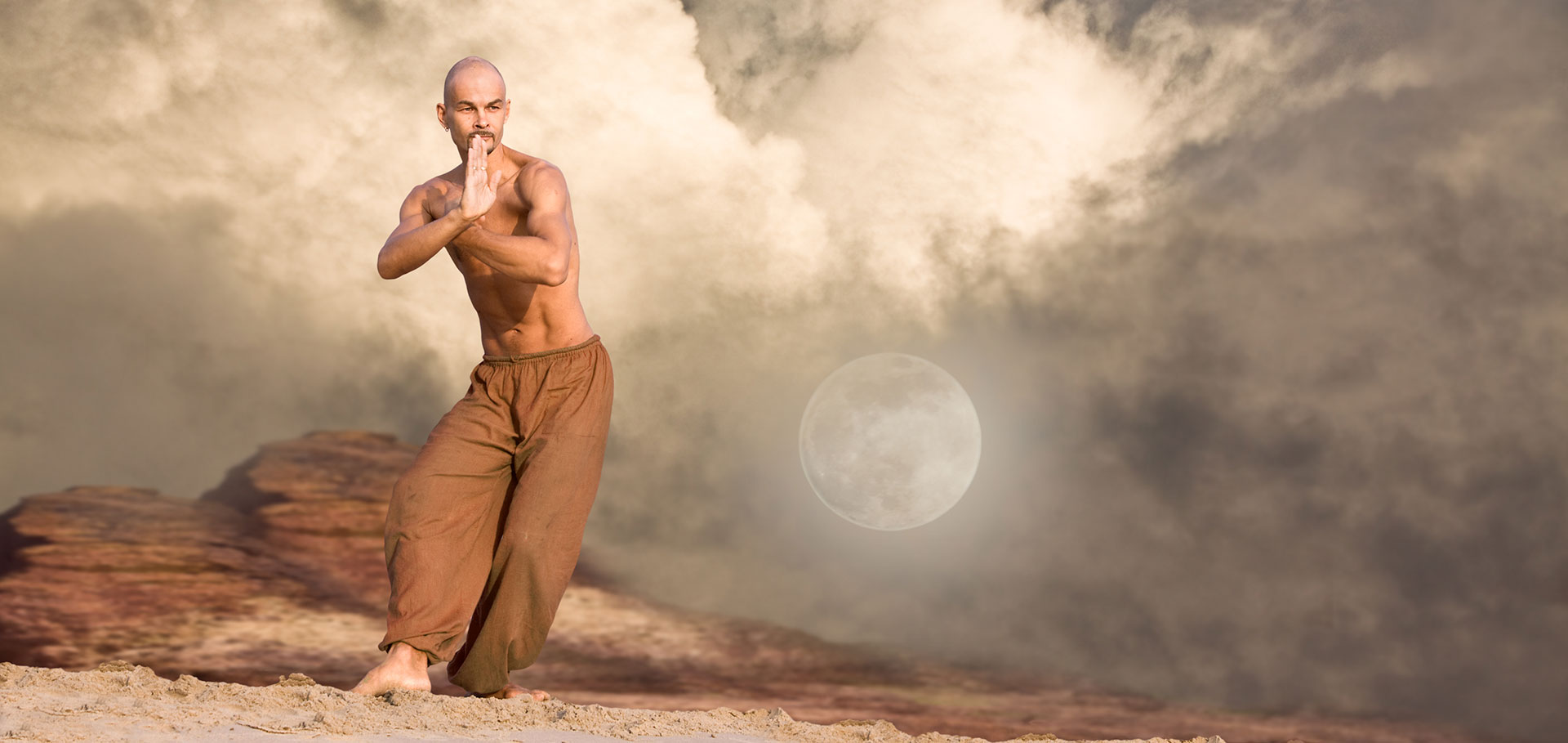 To Τai Chi Chuan είναι μια πολεμική τέχνη ήπιας έντασης η όποια πολλές φόρες χρησιμοποιείται και για θεραπευτικούς σκοπούς.